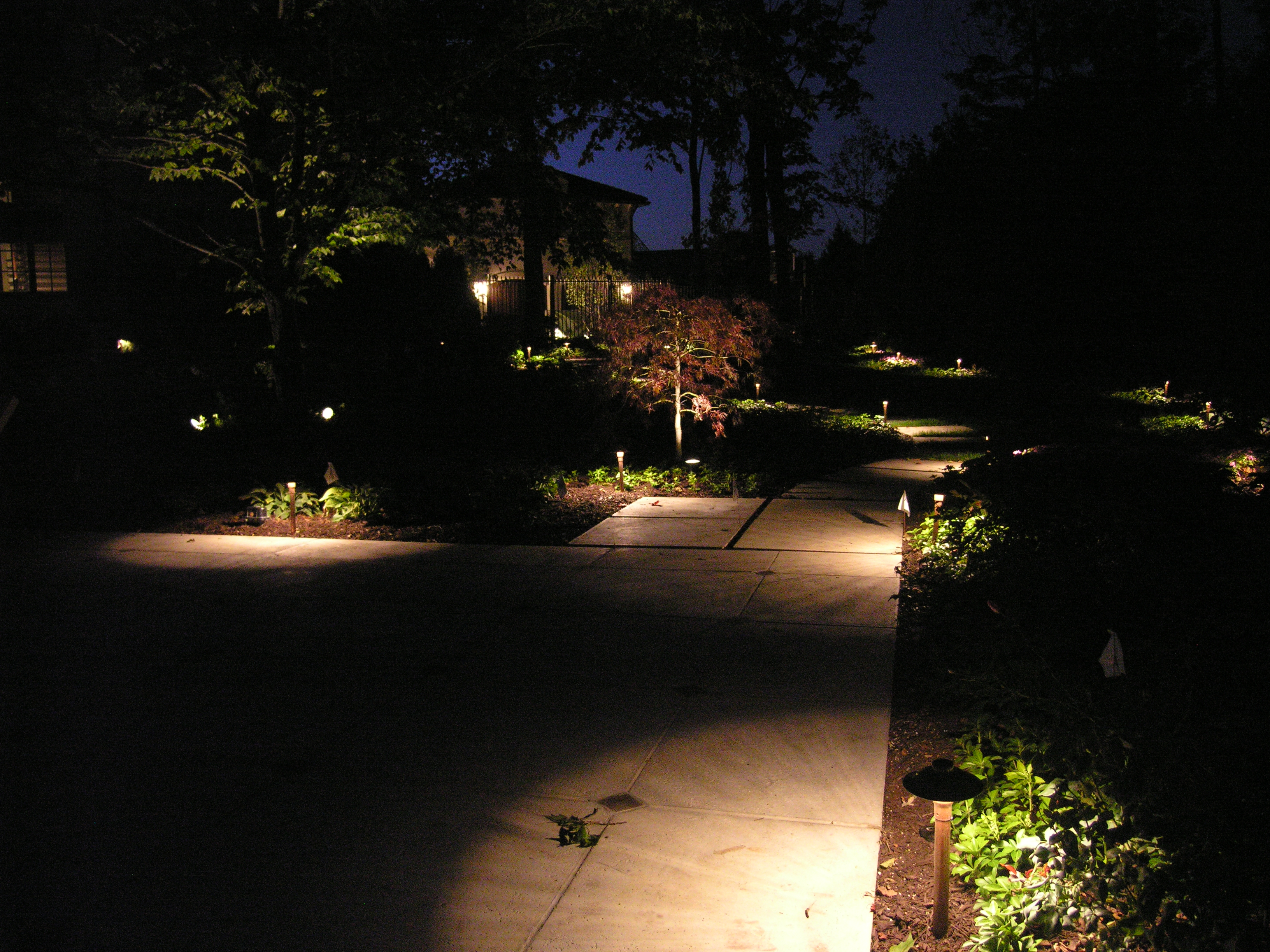 Image gallery sidewalk lighting for Outside path lights